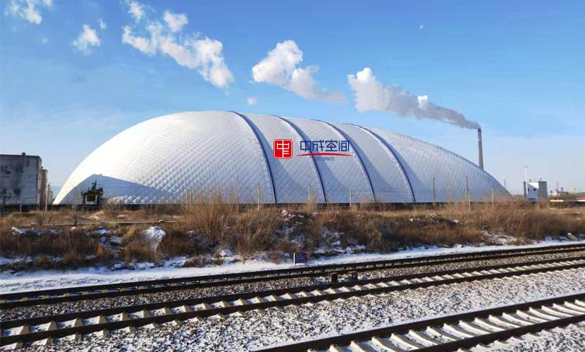 气膜煤棚雪景图